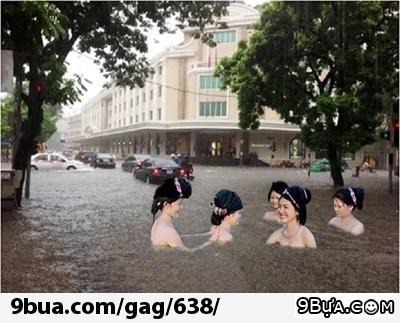 Hy vọng đợt bão sau về mình sẽ kịp khỏi chân để đi...bơi...