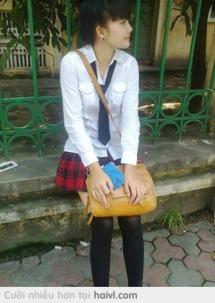 Xe sao lâu đến quá à , muộn học mất rồi :(
